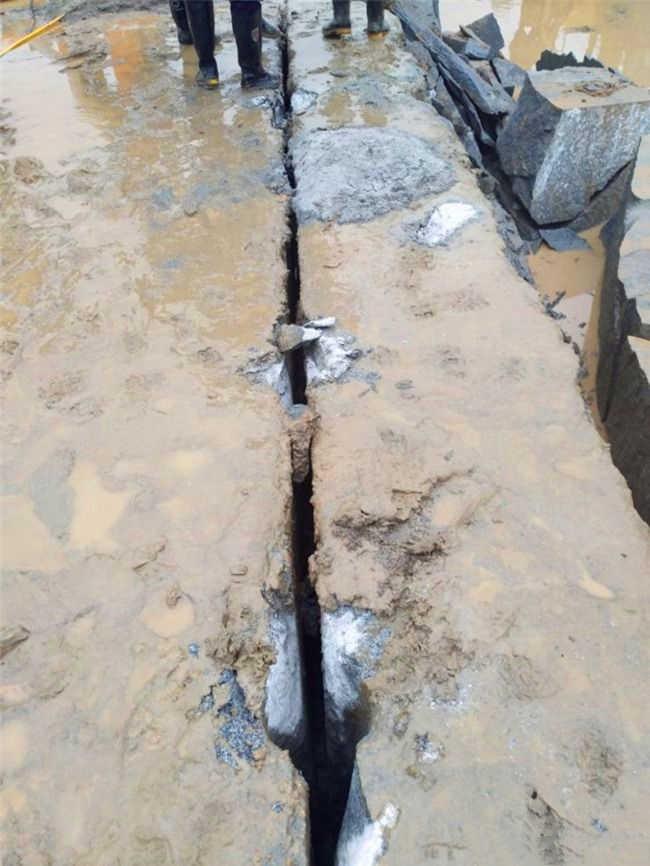 采石场开采花岗岩毛石的设备安庆厂家