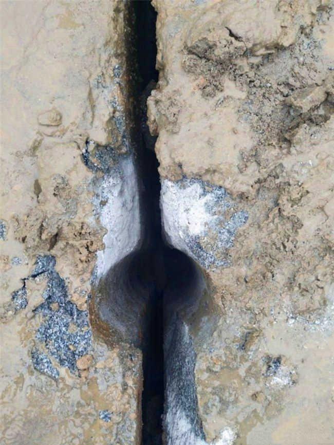 山体青石挖掘机打不动什么机器产量高江西厂家