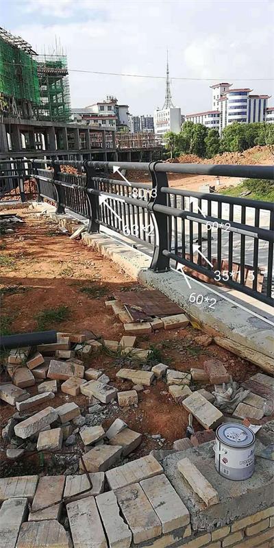 长沙不锈钢复合管市政栏杆制造厂家-生产模式-【金俊豪金属制品】