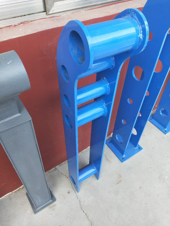 德宏桥梁护栏钢板立柱生产厂家经验丰富【金俊豪金属制品】