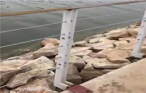 攀枝花木仿真石铸造石护栏栏杆等离子切割