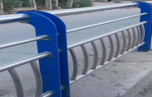 河源304镀锌管护栏品质优异