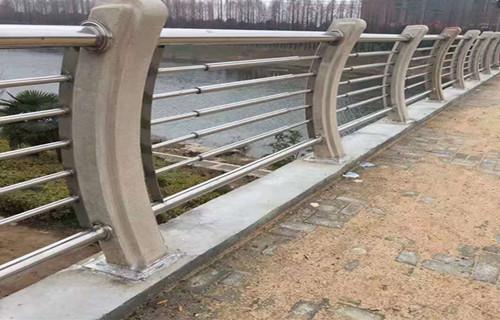 河源不锈钢复合管优质产品 优惠价格