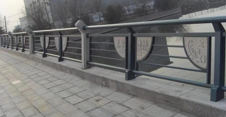 天水不锈钢管护栏图片防腐氟碳漆