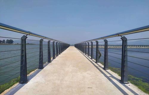 天水不锈钢护栏防撞护栏型号规格表