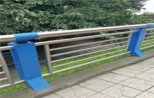 攀枝花不锈钢复合管栏杆厂家包施工