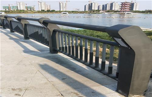 新余q235钢板立柱桥梁护栏