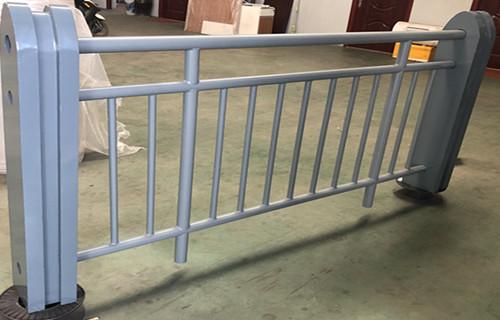 德阳304不锈钢护栏展翼金属展翼金属