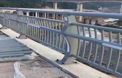 蚌埠安裝效果圖護欄燈圖片