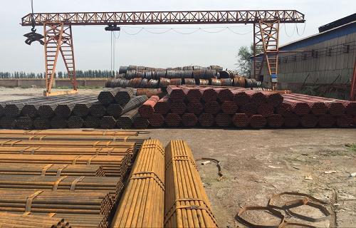 安徽安庆建筑工地用来搭架子的钢管