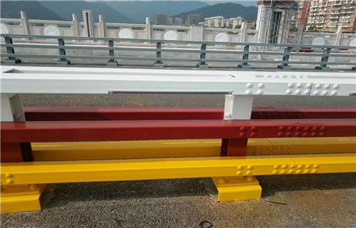 西宁304内衬碳素钢复合管栏杆高雅大方