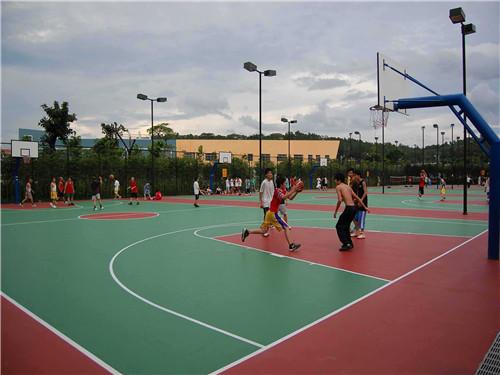 安龙丙烯酸篮球场施工正有体育    欢迎你