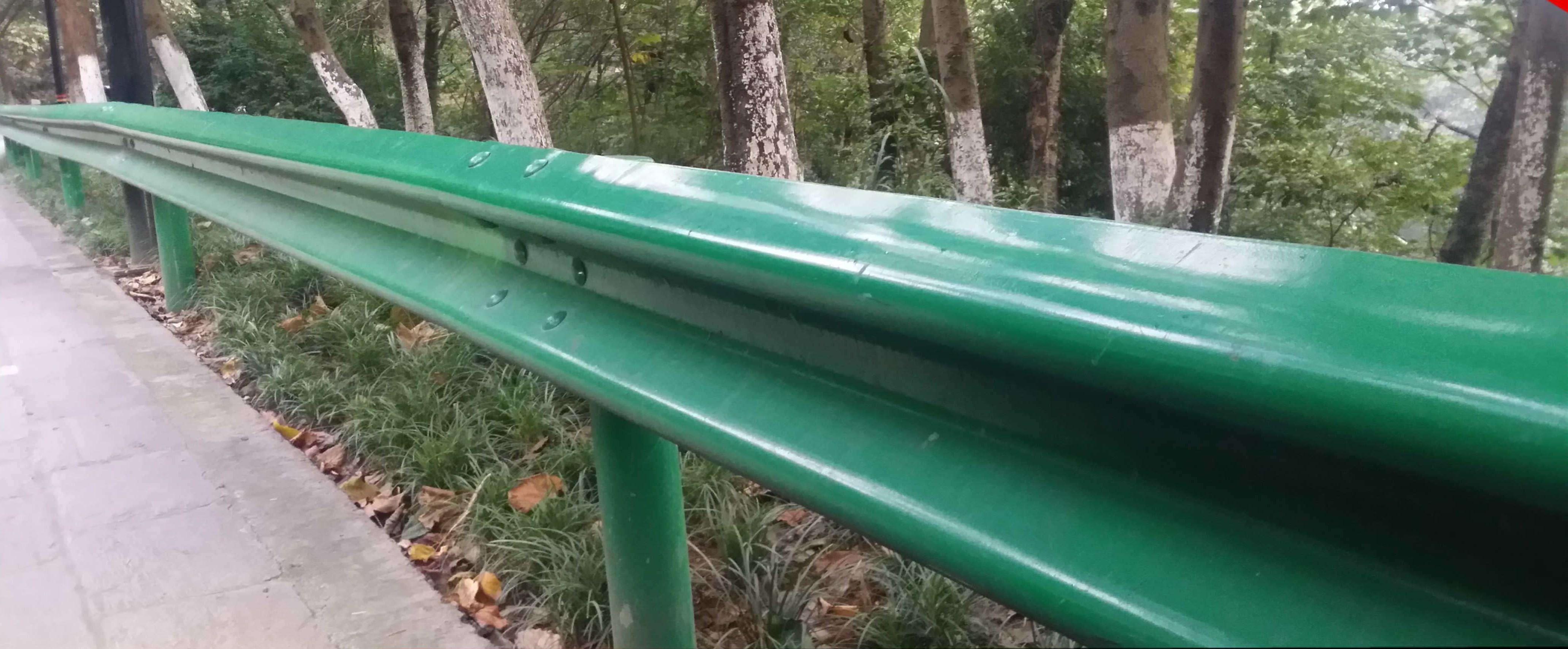 海达直销黄冈国标3.0波形防撞栏/乡镇公路波形护栏