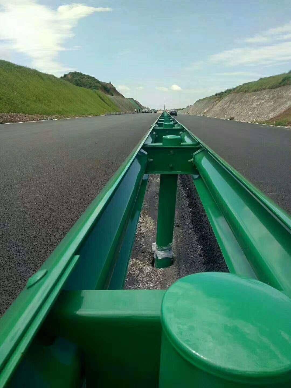 供应江西波形护栏 乡村公路喷塑波形护栏