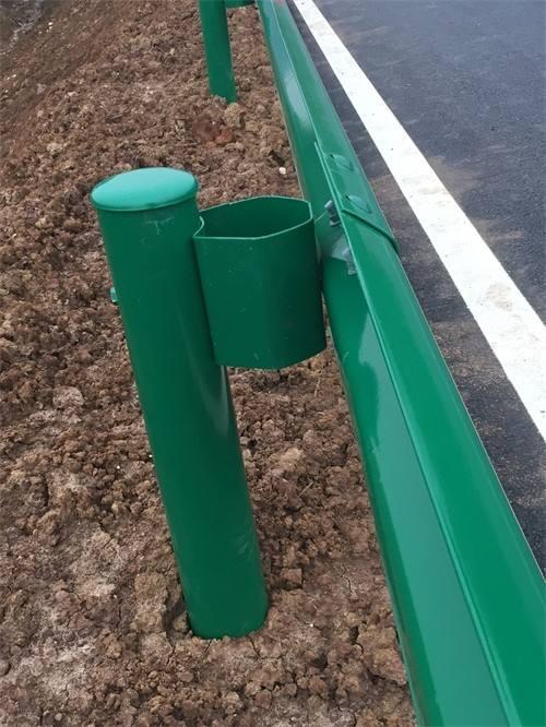 海达直销黄冈预埋套筒式波形护栏/乡村公路喷塑波形护栏