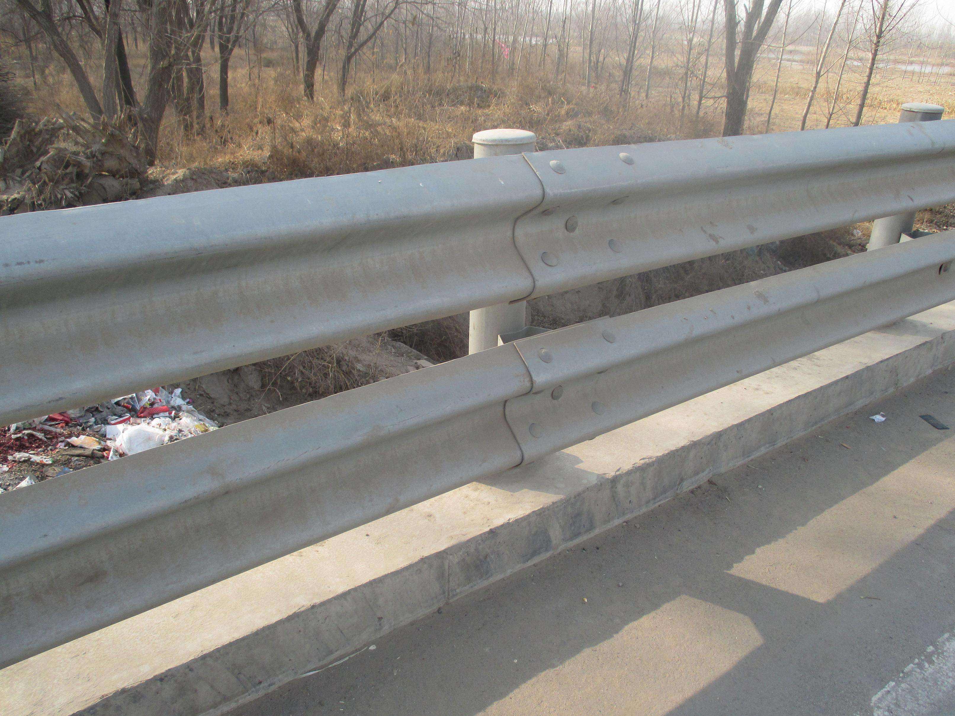 供应江西波形护栏 高速波形防撞护栏