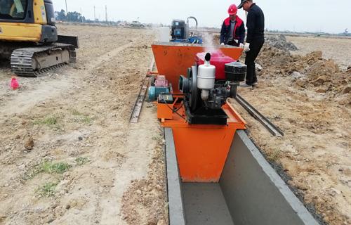 辽宁矩形水渠成型机 自走式边沟混凝土成型机