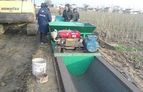 安康水渠衬砌机如何操作