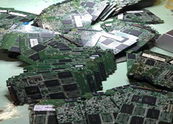 深圳市西乡收铝合金废品电话多少