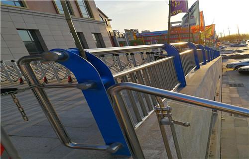 辽宁专业制作河道护栏多少钱一米