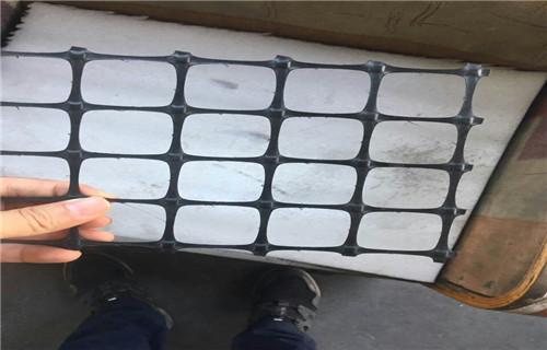 西宁HDPE单向塑料土工格栅厂家——价格——欢迎你