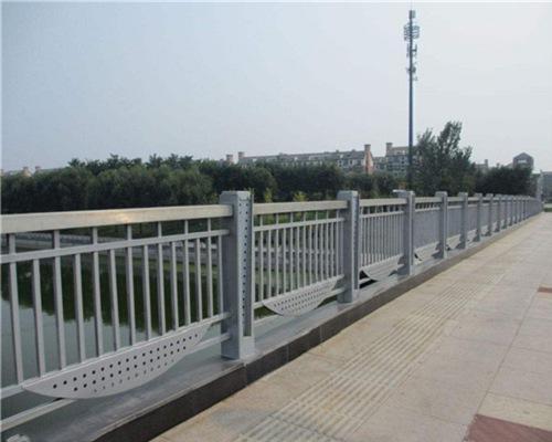 阳泉高速不锈钢防撞护栏生产厂家