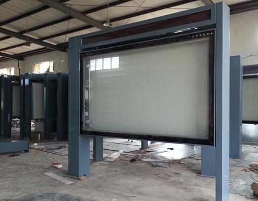 海南广告标牌户外灯箱异形滚动灯箱厂家业务洽谈