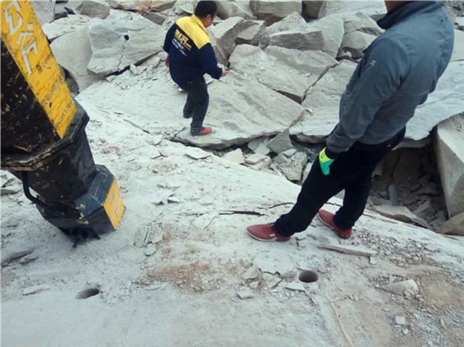 破石机械用劈裂棒分解石头的设备用破石机