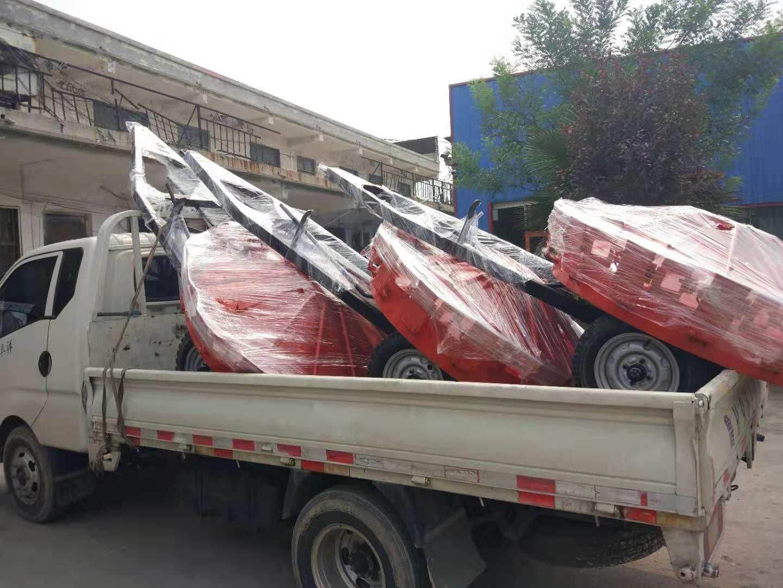 内江牵引式扫路机-拖拽式扫路机量大更便宜