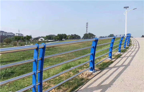 海南海口桥梁不锈钢复合管栏杆结实耐用