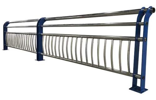 马鞍山304不锈钢复合管栏杆受客户好评