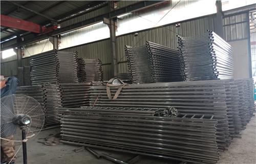贵州黔西南不锈钢天桥防护栏杆每米价格