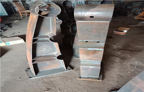西藏63*2.5不锈钢复合管栏杆质量好