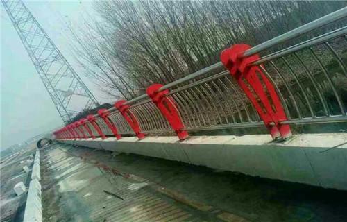 锦州桥梁防撞立柱焊接方法