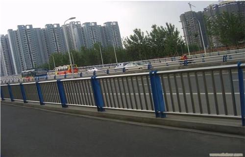 海南海口1米高桥梁护栏钢板立柱用量