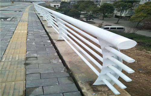 长沙复合管桥梁护栏热销新款