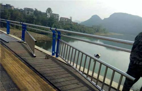 云南桥梁复合管护栏图片