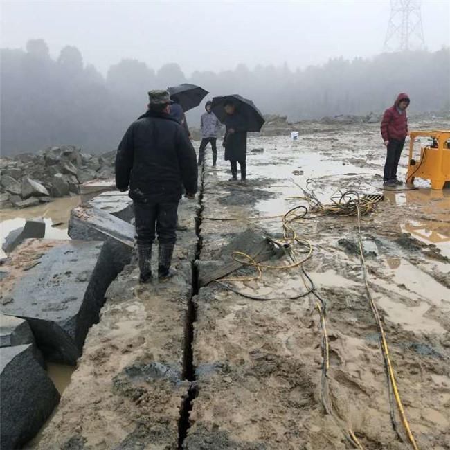 外国大胆人体囹?a_黑龙江黑河渠道开挖&矿石开采劈裂器&图片