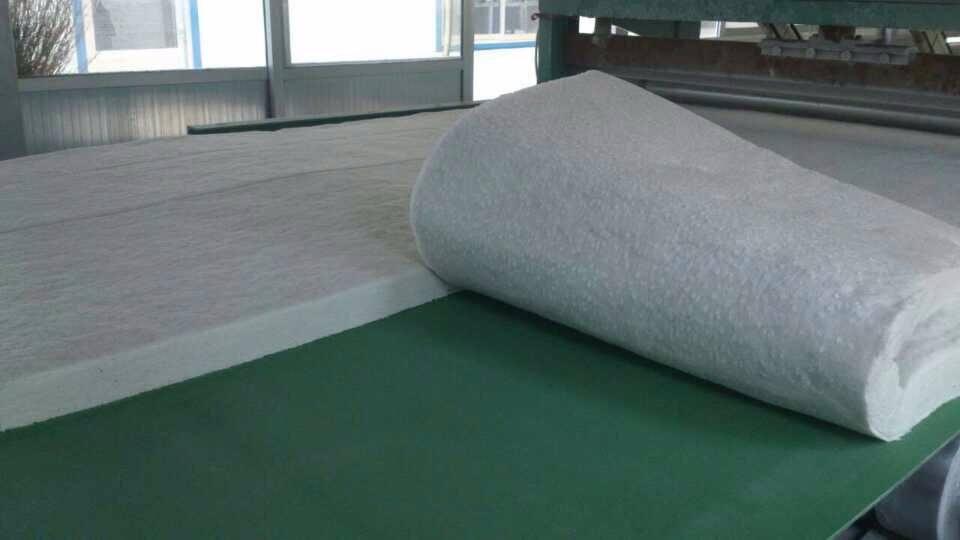 黑河50厚阻燃硅酸铝卷毡板含运费价格