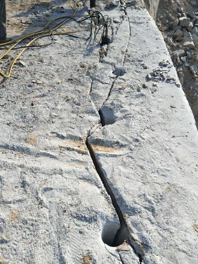 黑龙江省混凝土拆除使用劈裂机的功率多少