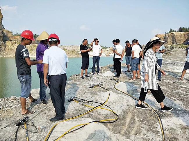 江西省代替二氧化碳开采岩石分裂机咨询热线