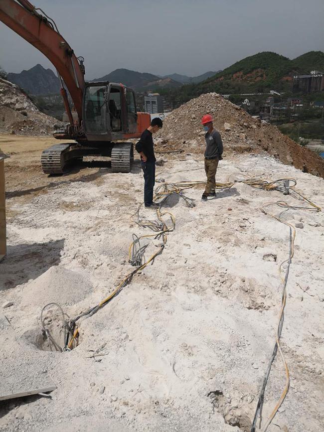 辽宁省代替放炮破除岩石的设备