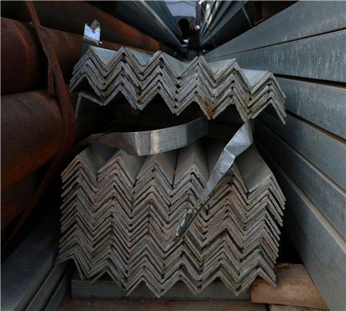 陕西镀锌角钢价格等边角钢现货