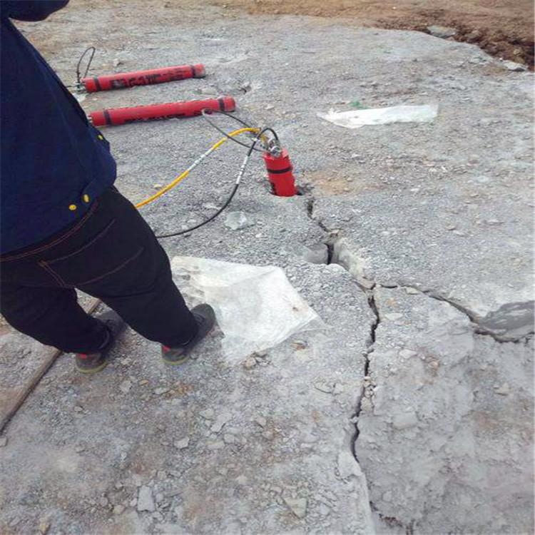 海南石材场破硬石头不方法采石头机器现货供应