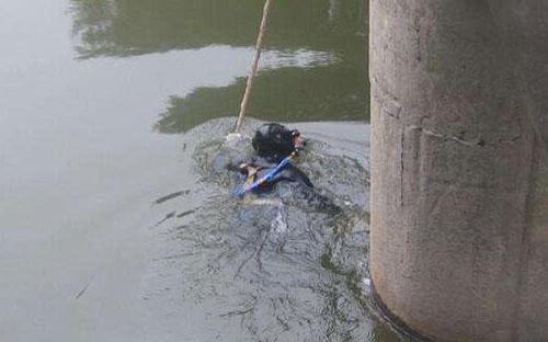 山东临沭县水下救援队《本地施工单位》-日夜赶往