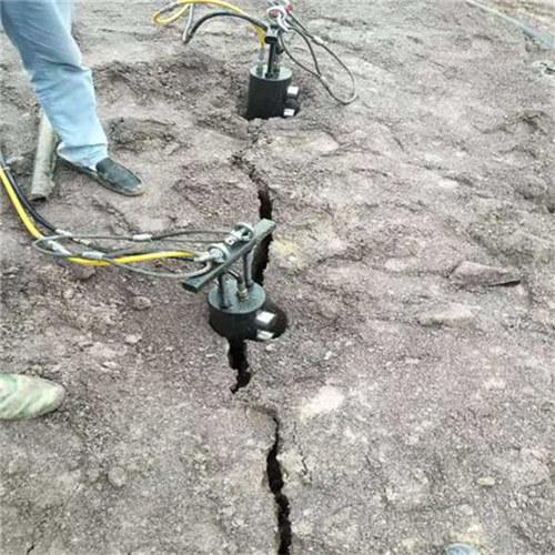 杭州滨江黄石矿山开采岩石劈裂设备
