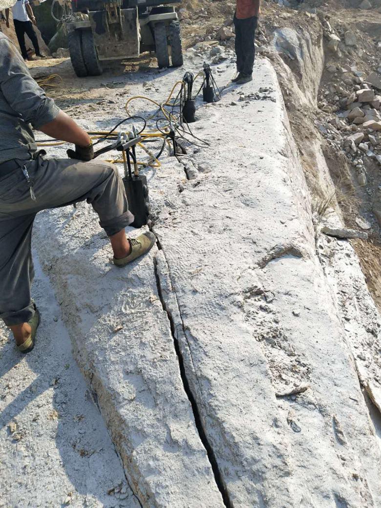 海南石材场替代    开石头分石机