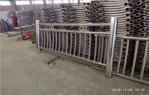 海南201不锈钢复合管桥梁栏杆产品可靠