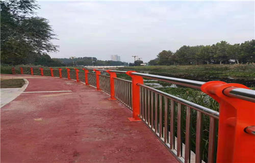 西宁道路隔离栏杆坚固美观