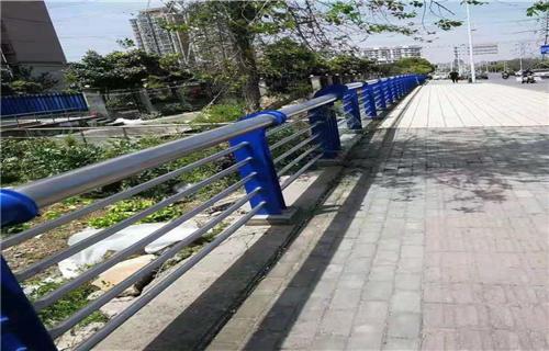 洛阳桥梁扶手不锈钢管型号多资质全优